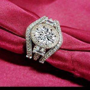 3 piece diamond wedding set